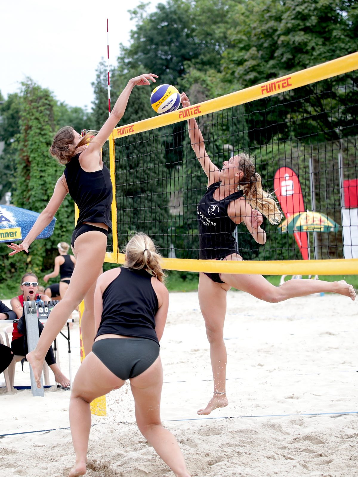 Zweites Damen A+ in Essen-Borbeck